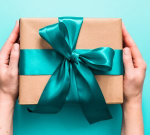 Gift Ideas For A Friend In Need - Plants, massage, ideas, gift, friend, flowers, Candles, books, affirmation cards