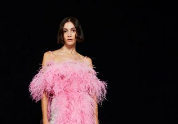 Everything You Need To Know Of Feathers For The Most Special Trend Of Fall - style motivation, style, feathers as garments, feathers, feather wear, feather set, feather dress, fashion style, fashion, fall trends