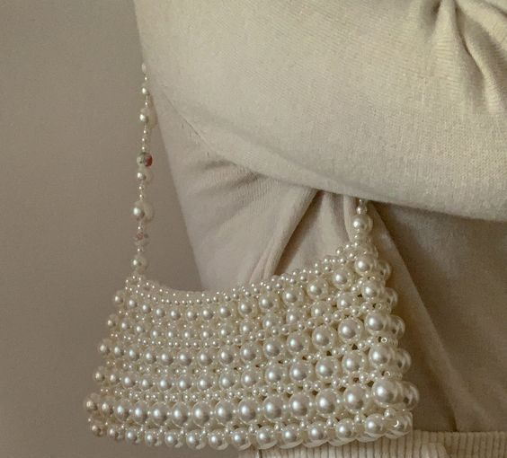 The Must-Have In The Winter Season - A White Bag - winter bags, white winter bags, white bags, trend bags, style motivation, style, fashion style, fashion sense, fashion, Bags