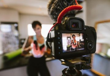 Who Is A Social Media Videographer And Benefits Of Hiring One? - videographer, video, tool, social, shoot, media, lightning, help, educational